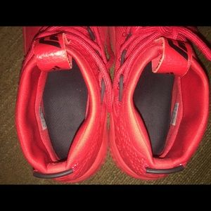 adidas Shoes - Adidas Bounce men's basketball shoes